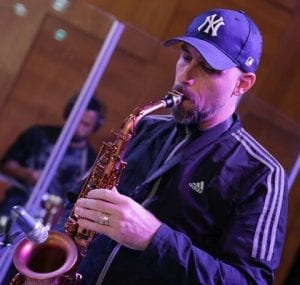 Image of Esdras Gallo playing alto sax
